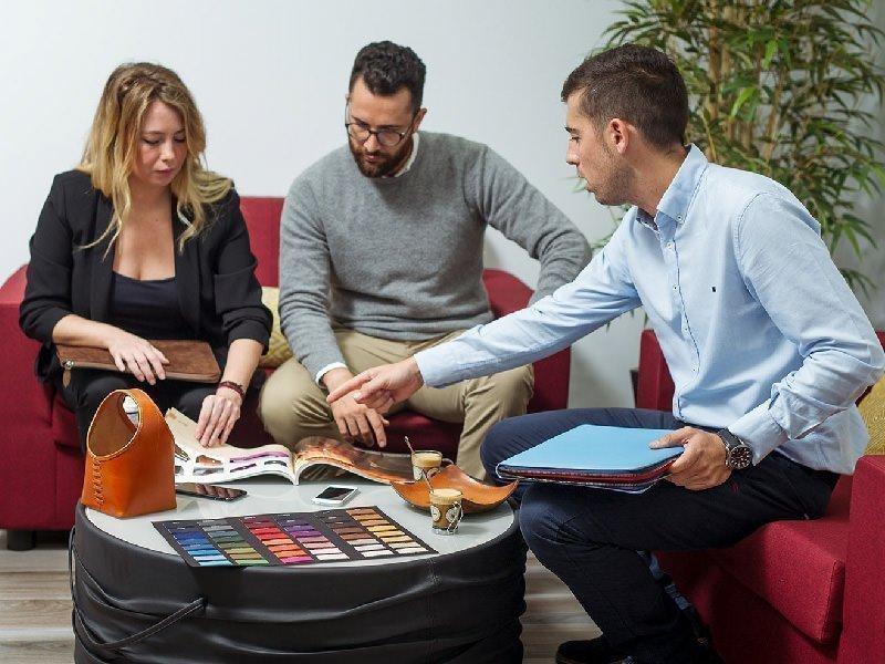 Briefing de proyecto con clientes